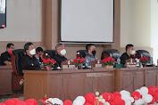 Bahas Agenda Penutupan Masa Persidangan Ketiga, FDW PYR  Hadiri Rapat Paripurna DPRD