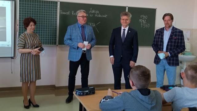 Senator Krzysztof Słoń odwiedził naszą szkołę