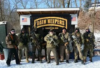 Miembros de la milicia Oath Keepers