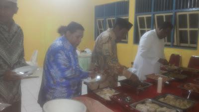 Walikota Tual Adam Rahayaan S,Ag Dan Wakil Bupati Yunus Serang