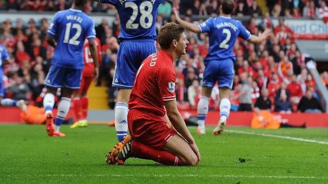 Slipped Incident Still Ringing, Steven Gerrard Blames Liverpool Defender