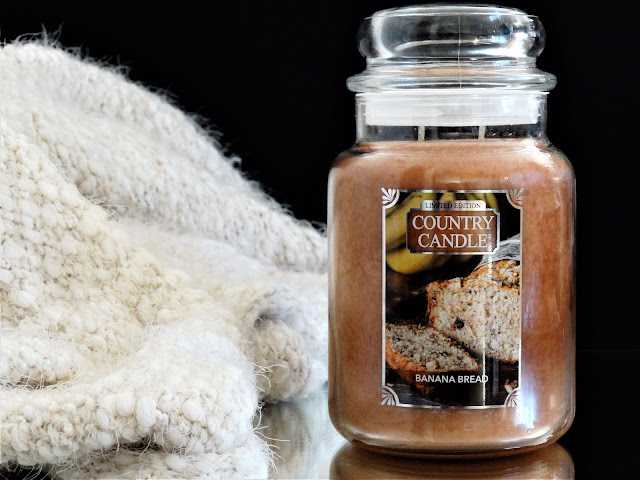 Country Candle Banana Bread, banana bread country candle, banana bread candle, bougie banana bread, bougie parfumée à la banane, bougie parfumée gourmande automne, blog bougie parfumée