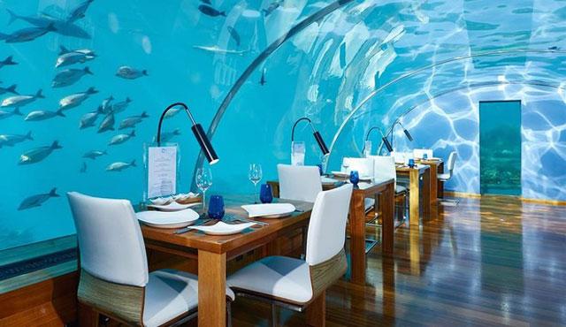 Restoran di Bawah Laut