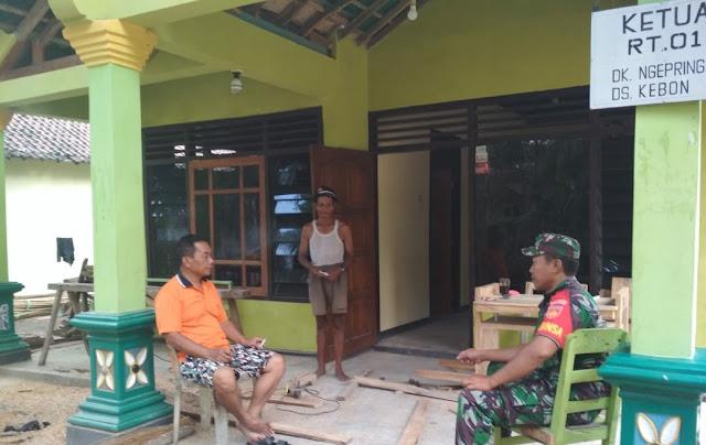 Babinsa Selalu Patroli Wilayah Dan Komunikasi Sosial Dengan Warga Binaan