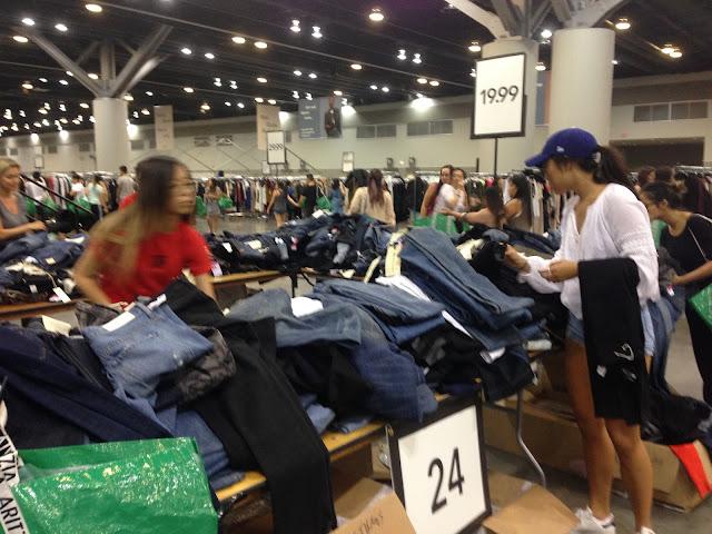 Aritzia Warehouse Sale 2017 denim jeans