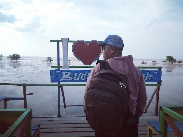 Pantai Budung 1