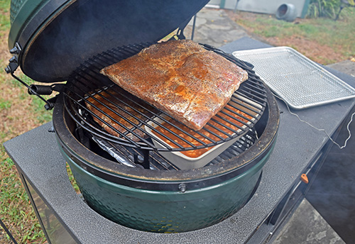 BBQ Pit Beans on a big green egg challenger designs