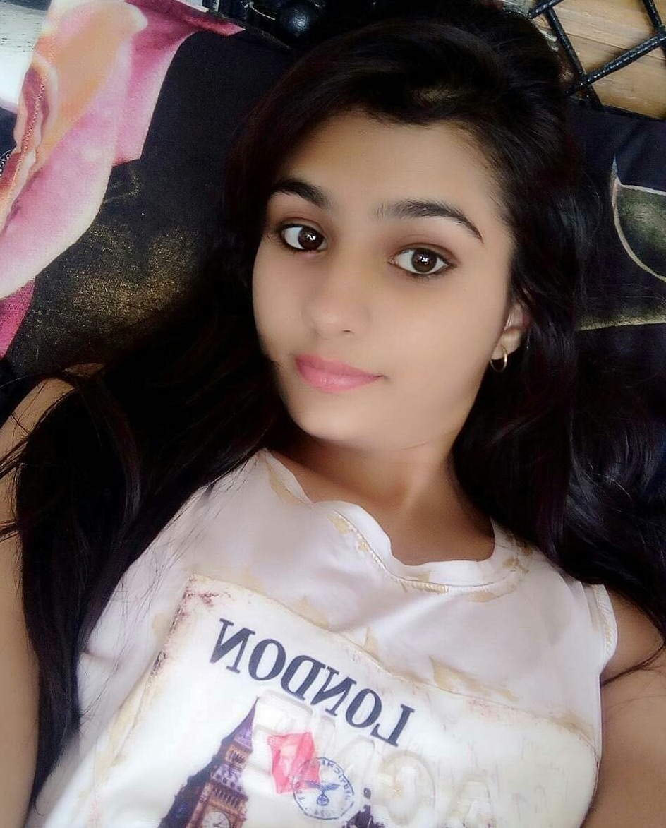 Most Beautiful Girl In Delhi