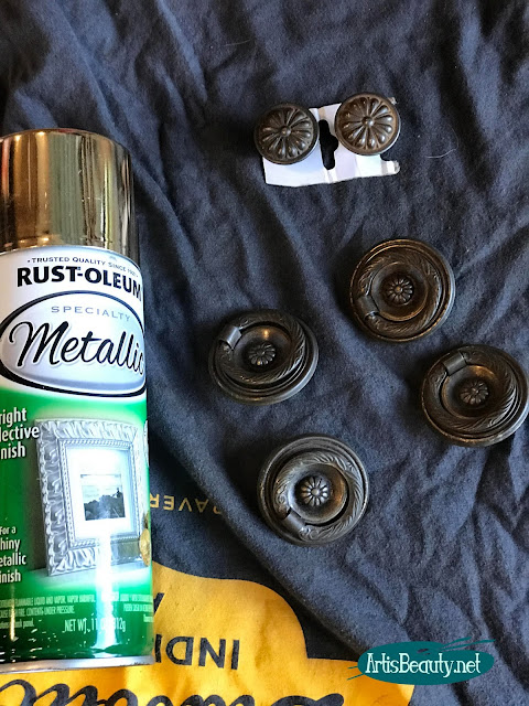 rustoleum gold spray paint for making over old hardware on a vintage dresser