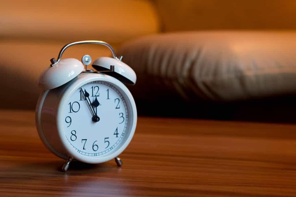 jam alarm online gratis