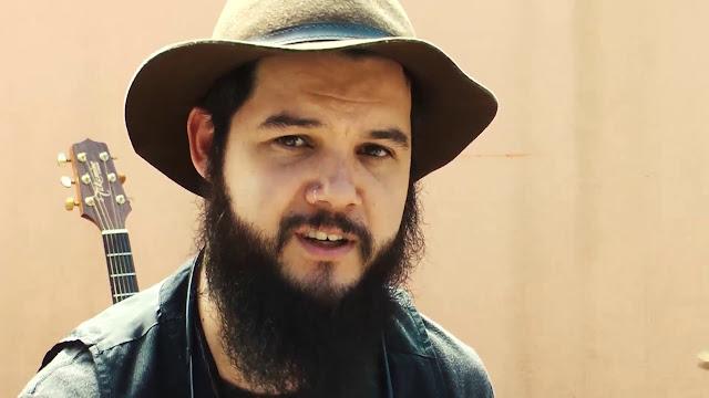 """Carreira, blues, estrada e """"Quero Que Se Folk"""" com Murillo Augustus - entrevista exclusiva"""