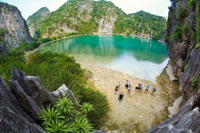 Kinh nghiệm du lịch đảo Mắt Rồng - hòn đảo tuyệt đẹp phía Nam Vịnh Hạ Long 1