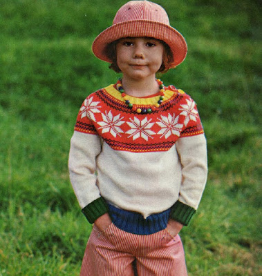 The Vintage Pattern Files: Free 1970's Knitting Pattern - Floraison D'étoiles
