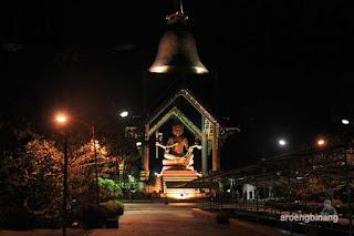 Patung Buddha Empat Wajah Kenjeran Surabaya
