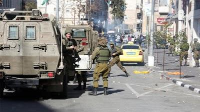 قوات الإحتلال تشن حملة مداهمات وإعتقالات فى القدس والضفة