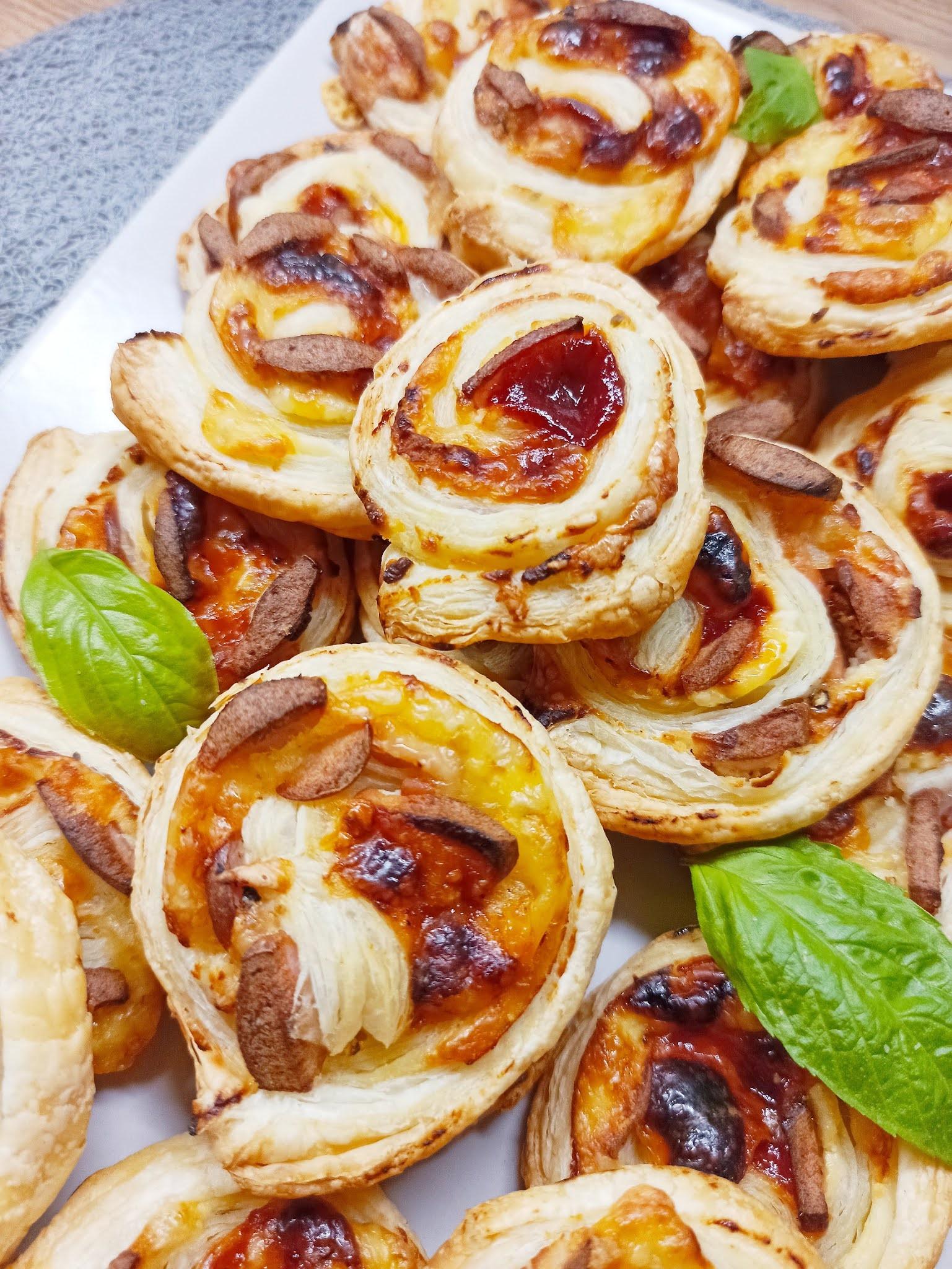 Ślimaczki francuskie z parówką