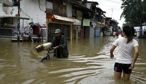 Hipotermia adalah penyakit kedinginan bisa Mematikan Saat Banjir Datang, Bahaya untuk anak-anak cek informasinya