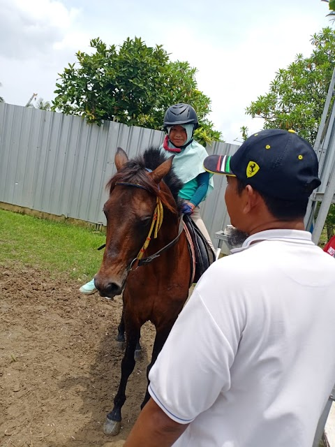 Peralatan Kelengkapan Menunggang Kuda