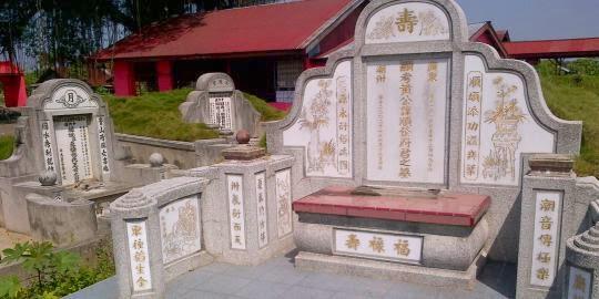 Hari ini Warga kota Tebingtinggi Keturunan Tionghoa melakukan Ziarah Sembahyang Kuburan   atau yang disebut Cheng Beng