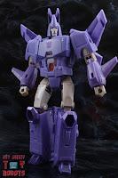 Transformers Kingdom Cyclonus 14