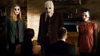 Gemma Ward, Kip Weeks et Laura Margolis masqués dans THE STRANGERS de Bryan Bertino
