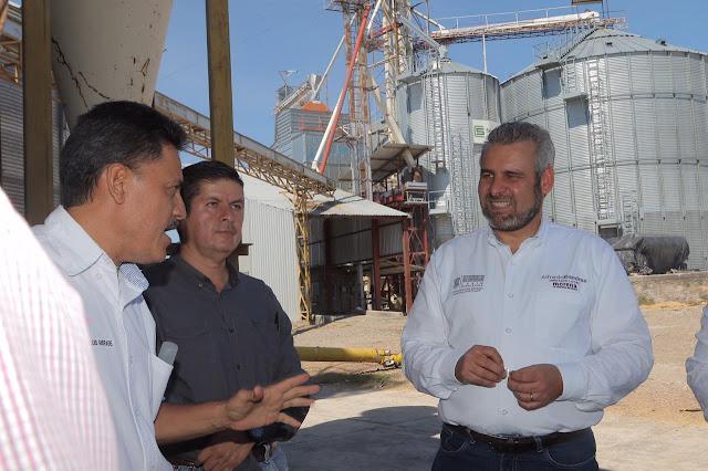 Pequeñas empresas, las más esforzadas en conservar empleos, destaca Alfredo Ramírez