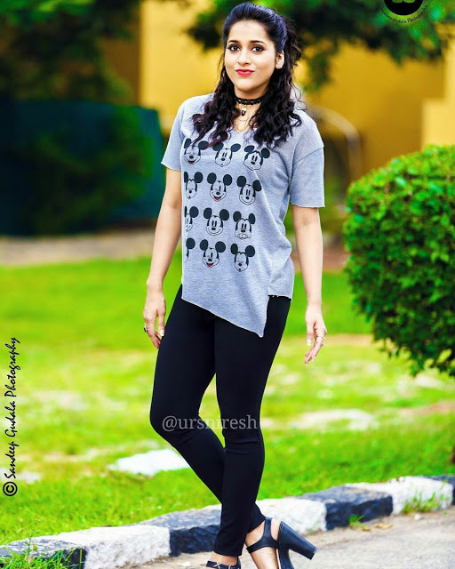 Rashmi Gautham Stills From Dhee 10 Show