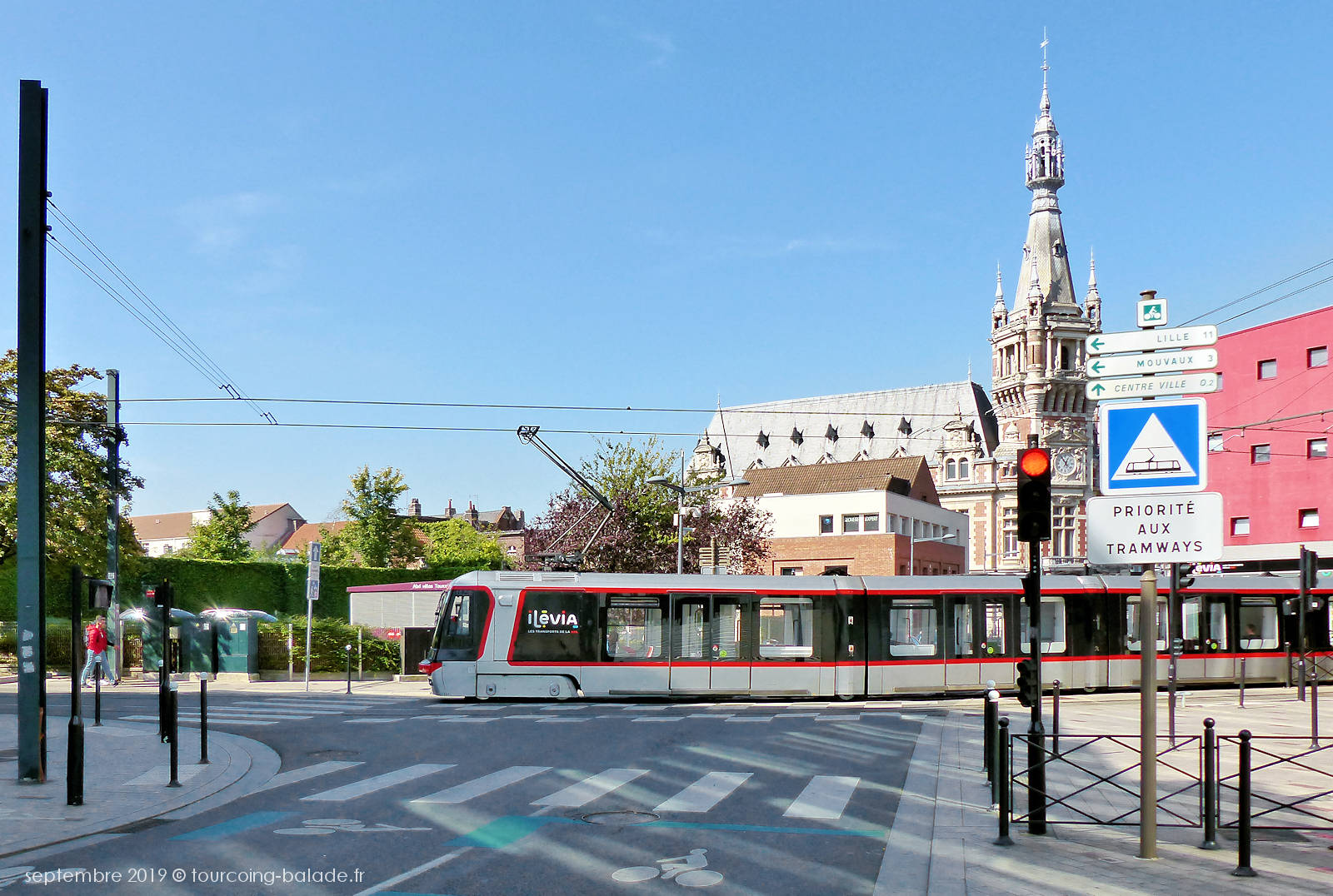 Tramway Tourcoing Centre et Beffroi