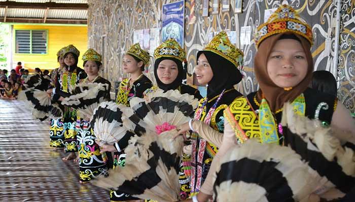 Tarian Datun Julud, Tarian Tradisional Suku Dayak Di Kalimantan