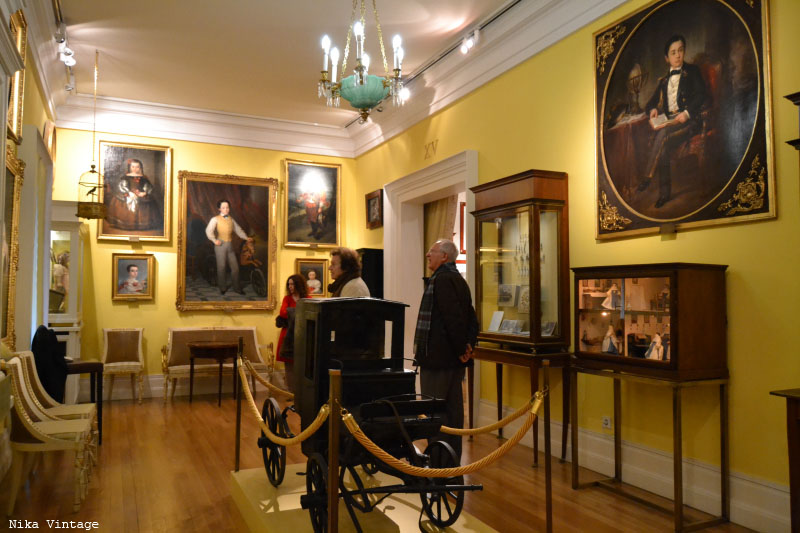 museo romantico, museo del romanticismo, sala de juegos, sala de baile, mobiliario, isabelino, fernandino