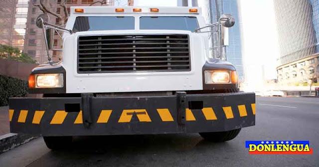 Por lo menos 70.000 dólares robados de camiones blindados en Caracas