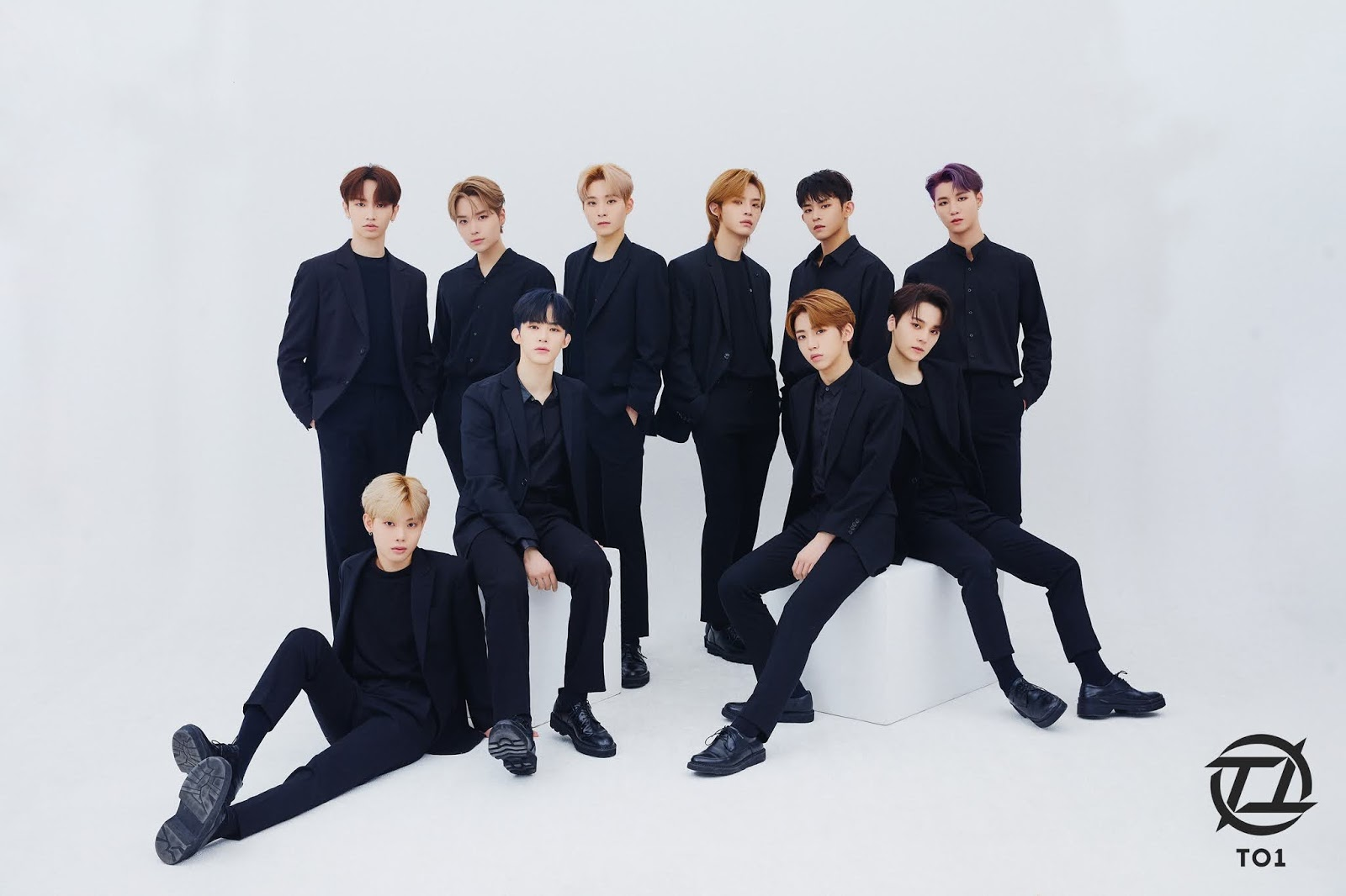 to1 official photo group