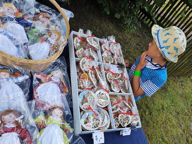 Polska z dzieckiem - podróże z dzieckiem - atrakcje dla dzieci na Opolszczyźnie - skansen w Bierkowicach - Muzeum Wsi Opolskiej - blog o podróżach z dzieckiem - muzeum dla dzieci