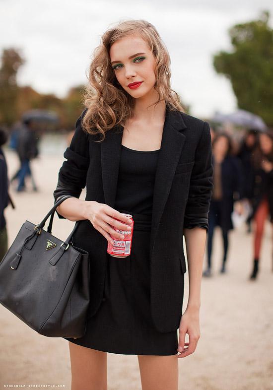 ab22a47418a9 Prada Saffiano Lux Tote - The Handbag Concept