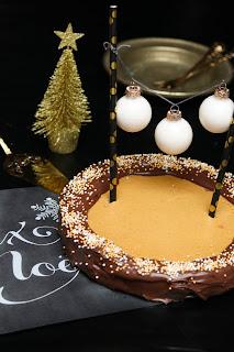 http://sophiasleuchttage.blogspot.de/2016/12/zimtstern-cheesecake-oh-du-frohliche.html