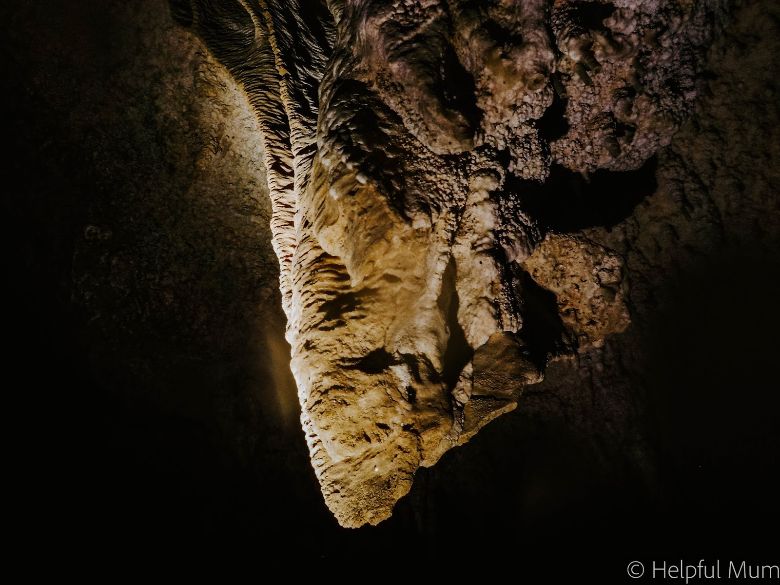 Stalegtites underground cenote