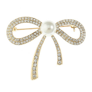 https://www.jcpenney.com/p/monet-jewelry-pin/ppr5007271635?pTmplType=regular&deptId=dept20000019&urlState=%2Fg%2Fpurses-accessories%3Fs1_deals_and_promotions%3DCLEARANCE%26id%3Ddept20000019&productGridView=medium&badge=onlyatjcp