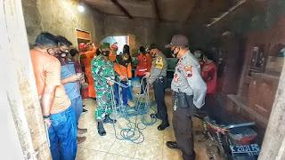 Seorang Warga Di Krasak Terjebur Sumur, Basarnas Bersama Babinsa Bantu Evakuasi
