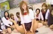 Japonesas na orgia