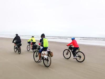 Ilha oferece trilhas para mountain bike, cicloturismo e ciclovias em praças e parques
