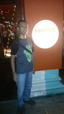 Hooters Singapura Singapore