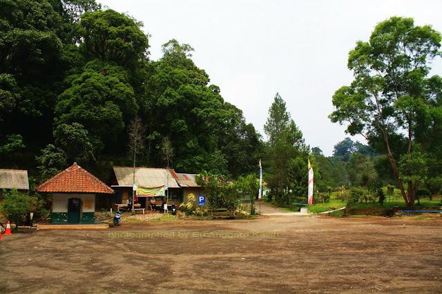 Areal parkir TWA Kamojang