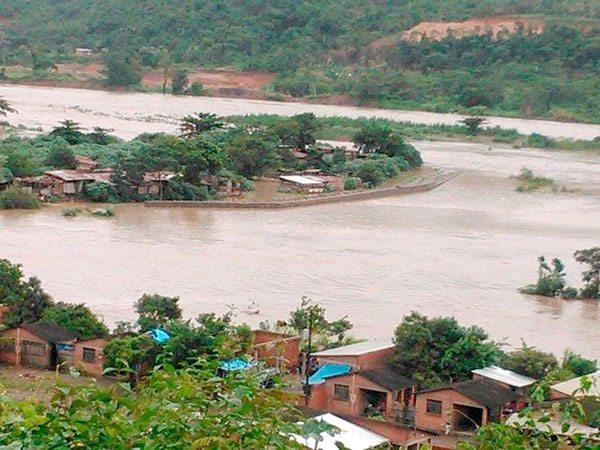 Gobernación prepara obras para contingencias en río Tipuani