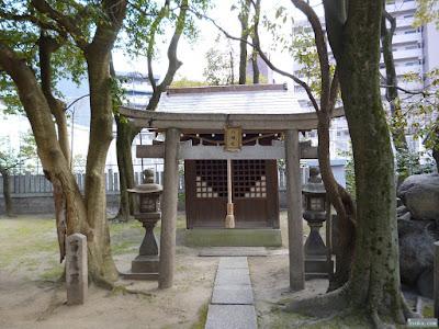素盞烏尊神社八幡社