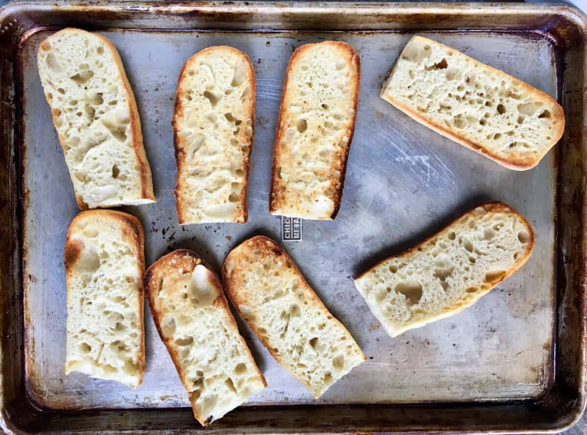 Toasted baguettes.