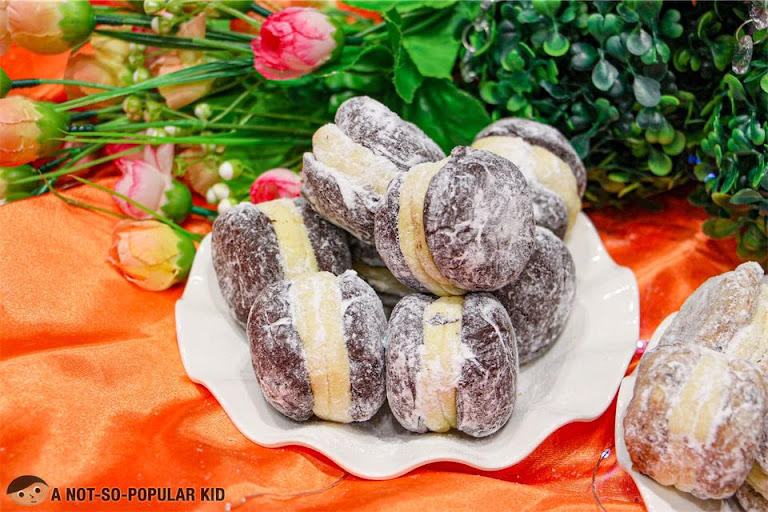 The Pastry Connection's Pastillas Crinkles