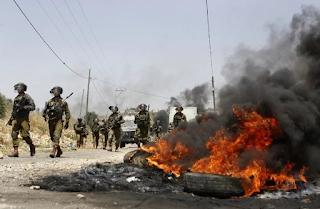 تبادل لإطلاق النار بين القوات الفلسطينية والقوات الاسرائيلية في الضفة الغربية