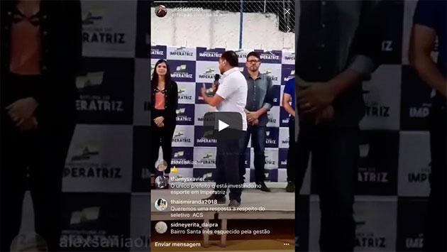 https://www.ahnegao.com.br/2018/05/o-prefeito-que-trocou-o-nome-da-esposa-no-meio-do-discurso.html