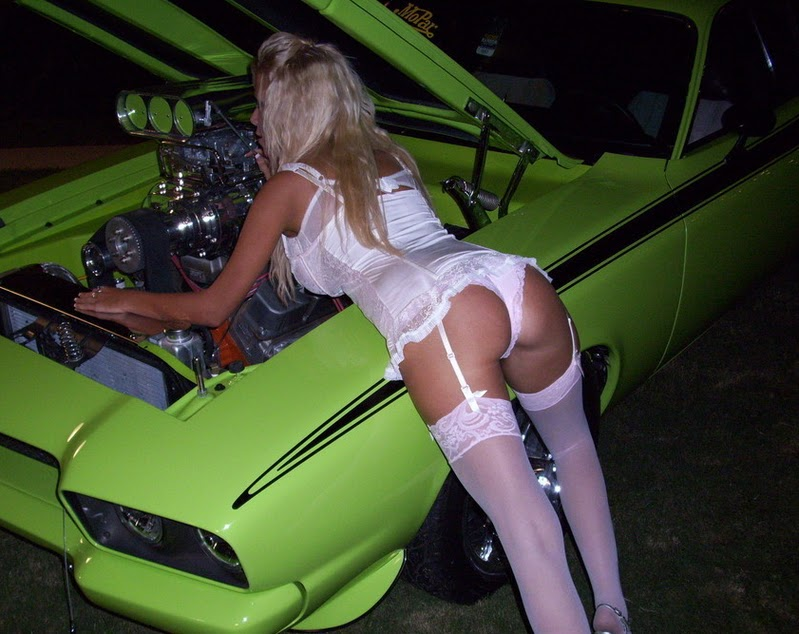 hot girls and muscle cars nude