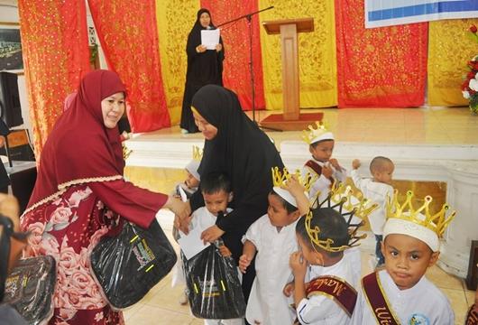 Harneli Bahar Beri Reward Balita yang Hafal Quran